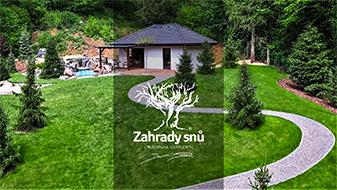 POLOPATĚ - Daniel Purgert | Bezbariérová zahrada v kopci s jezerem, sítí na tenis a golf