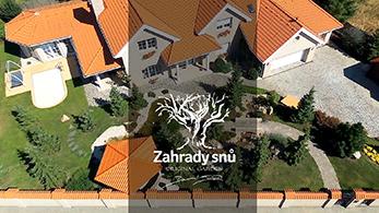 POLOPATĚ - Daniel Purgert zahradysnu.cz , Modelace zahrady, 400m2 pozemek, jezero, potok, altán, bazén